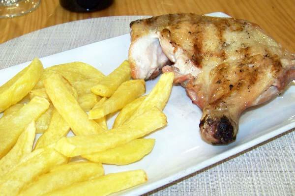 Trasero de pollo asado a la brasa